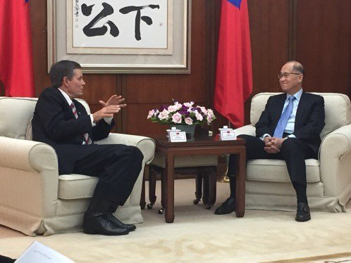 Daines with Taiwan Foreign Minister Lee