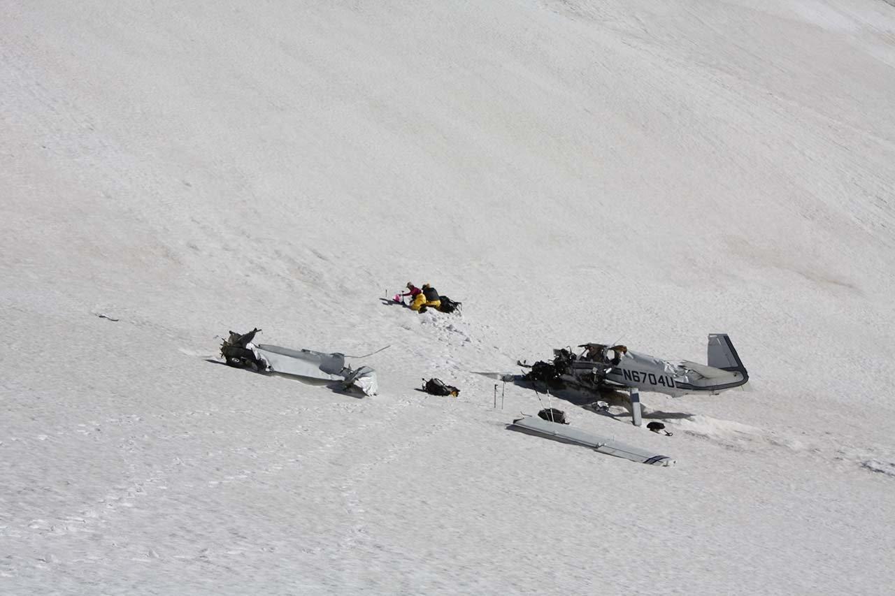 Ground crews prepare to evacuate the victims.