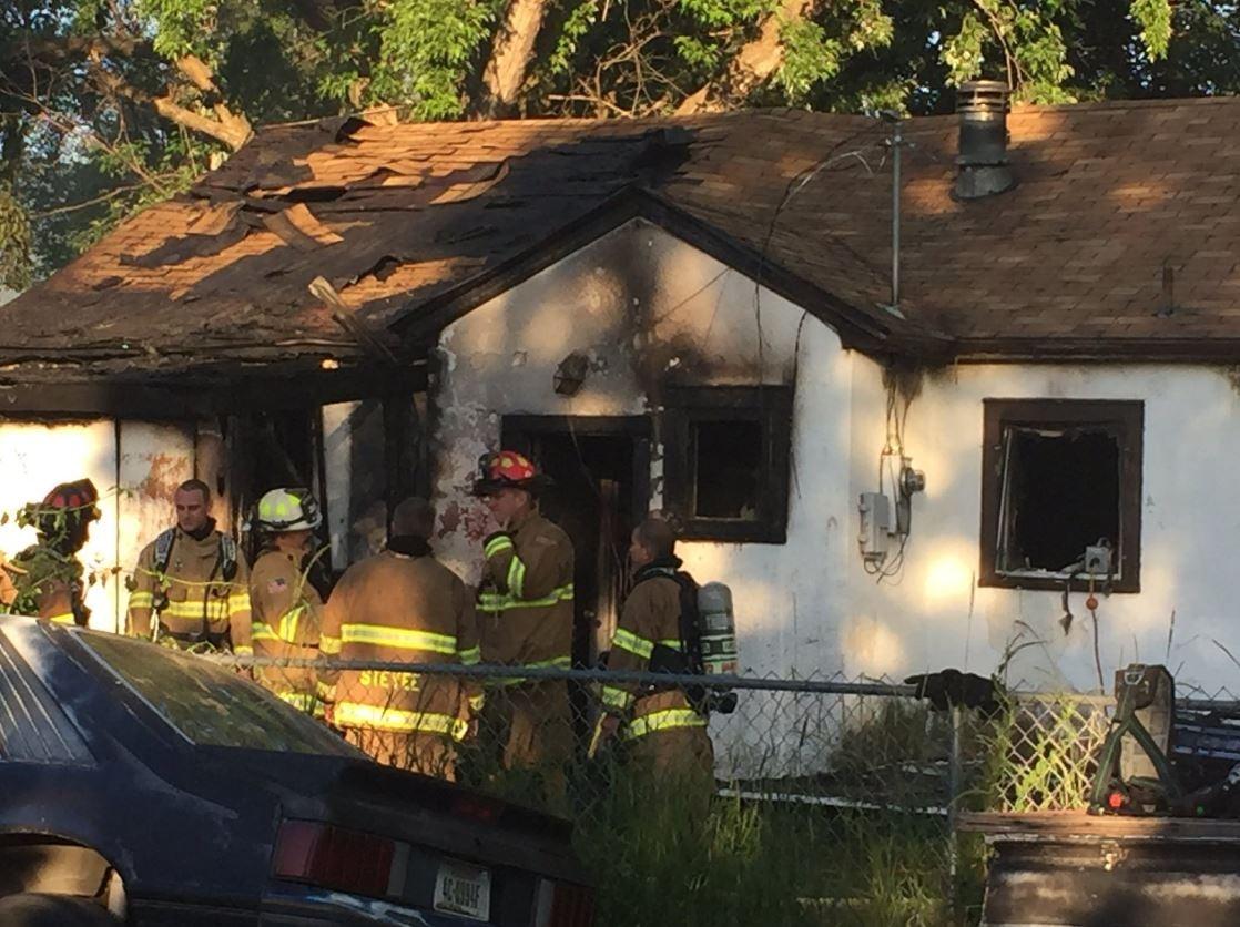 bad wiring causes major missoula house fire abc fox. Black Bedroom Furniture Sets. Home Design Ideas